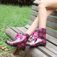 Fashion women short canister boots boots The spring and autumn period and the ms rain water shoes can add cotton warm shoes female antiskid han edition
