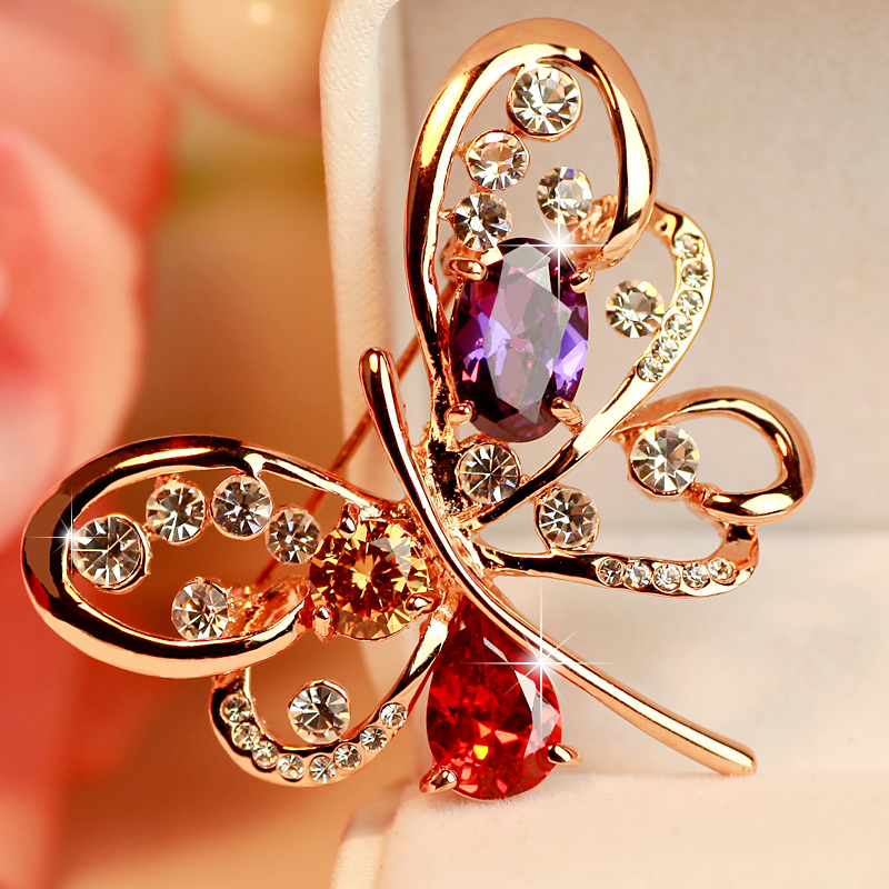 精致 驚豔奧地利水晶蝴蝶胸針女可愛 胸花別針配飾品
