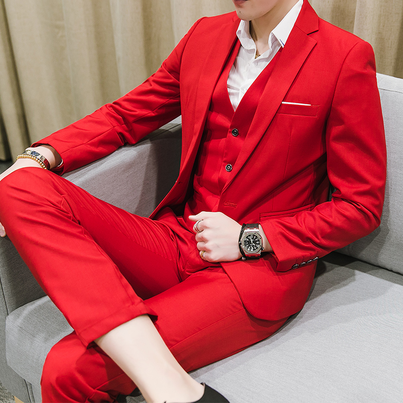 夏季薄款大码西服套装男士三件套韩版西装男红色新郎伴郎结婚
