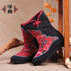 Chinese dancing new product in old Beijing cloth shoes women shoes and wool winter boots with round head art increased boot Yun Hong