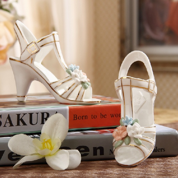 Ceramic high heels ornaments creative romantic crafts Christmas Valentines Day Girls Birthday Gift