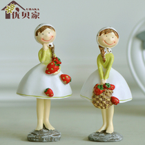 European-style country Strawberry Girl Ornaments Crafts
