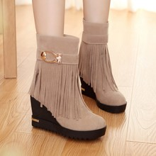European and American fashion wedges waterproof high-heeled shoes machine grind arenaceous short boots boots tassel boots to work in female boots on sale