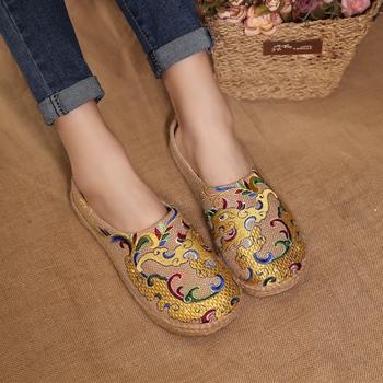 20春夏复古中国风老北京绣花布鞋