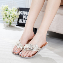 Flowers diamond set of flip-flops in Europe and the street of patent leather female shoes 2015 new flat sandals in summer