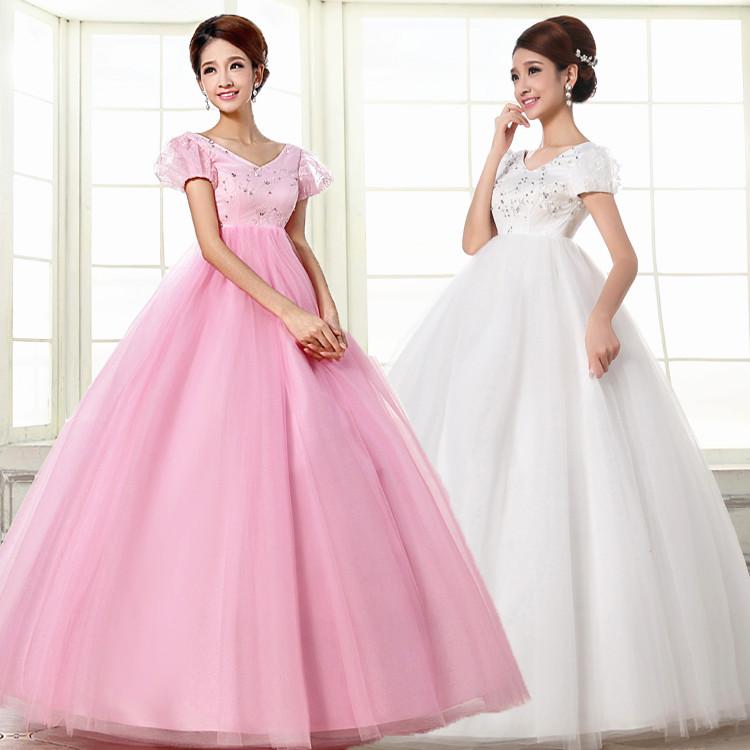 新款韩版高腰白色婚纱孕妇大肚演出服泡泡袖V领粉红色舞台装礼服