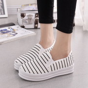 Spring of 2016 new one was wearing flat shoes with lazy people thick-soled casual canvas shoes women low cut stripe sets foot shoes