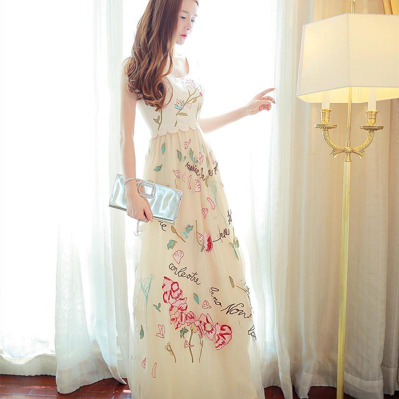 夏季新款沙滩裙名媛刺绣欧根纱长款高端连衣裙veromoda长裙女装