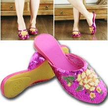 Splendid summer new authentic baotou female drag pure manual embroidered slippers old Beijing cloth shoes sequined single shoes with flat sole