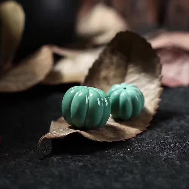 热卖天然原石矿湖北原矿伴生绿松石高瓷料雕刻南瓜珠多宝文玩顶珠