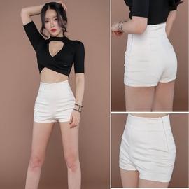白色短裤女夏2019新款韩版学生热裤紧身黑色高腰跳舞瑜伽运动短裤