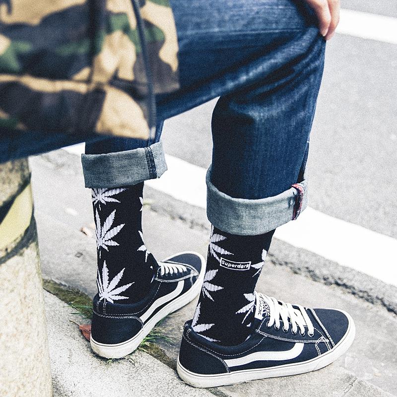 麻叶潮牌袜子男中高筒袜嘻哈长袜男潮袜街头欧美运动滑板袜女潮袜