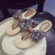 In the summer of 2015 the new sweet bowknot small broken flower flip-flops women's flat cool slippers