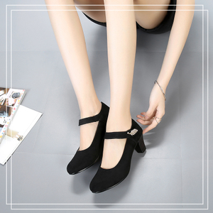 老北京布鞋中高跟女时尚款黑色妈妈鞋上班女士一字扣舞蹈工作粗跟