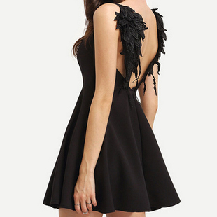 2017 Sexy backless hollow-out the harness dress lace wings