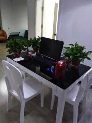 漏洞吐槽:用户对曲巢家具餐桌怎么样的看法是什么?曲巢家具靠谱吗评测曝光