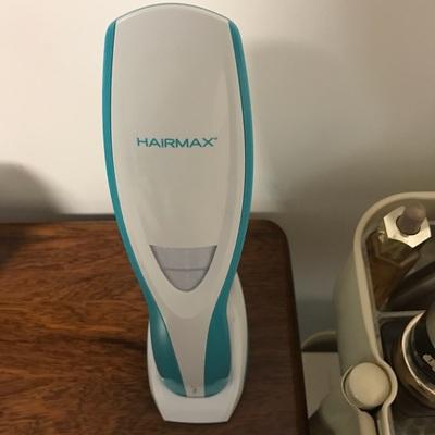 使用评测HairMax 9光束健发梳9激光防脱控油生发仪红光密发美发光学梳子怎么样?