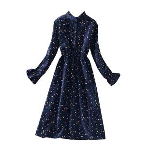 法國小眾燈芯絨碎花連衣裙女裝春秋新款娃娃裙配大衣的打底長裙子