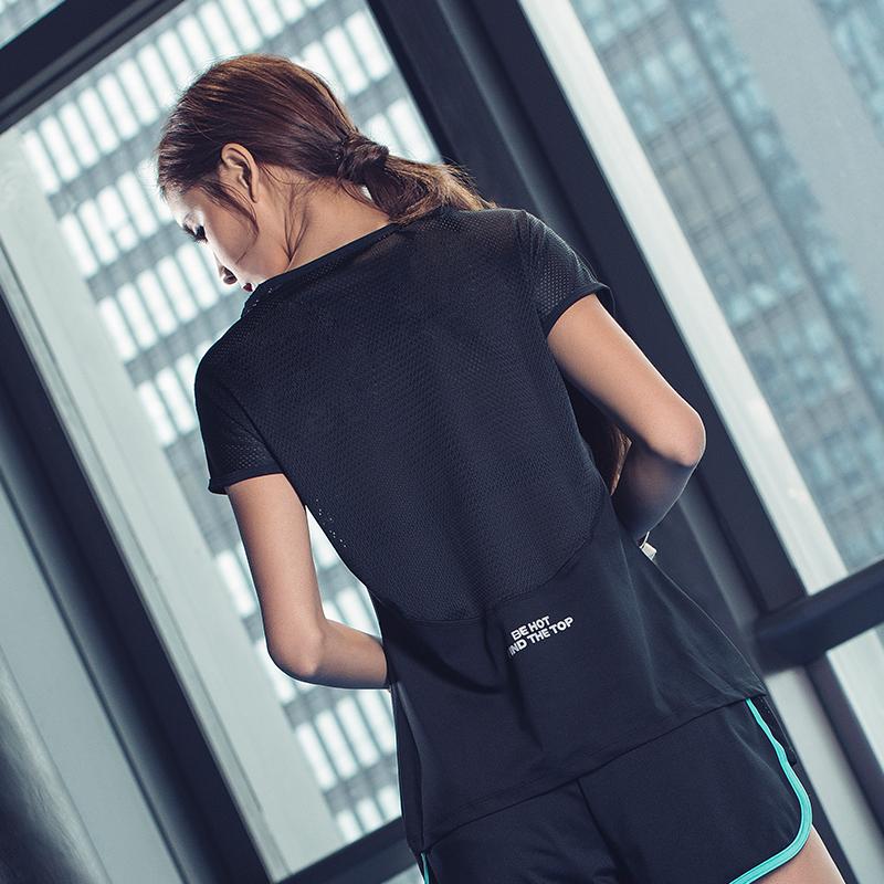 Быстросохнущие t футболки женщина свободный лето фитнес одежда сексуальный марля рабочий халат бег йога куртка тонкий движение короткий рукав женщина