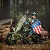 6寸 Marvel 漫威80周年美国队长摩托车手办模型正版