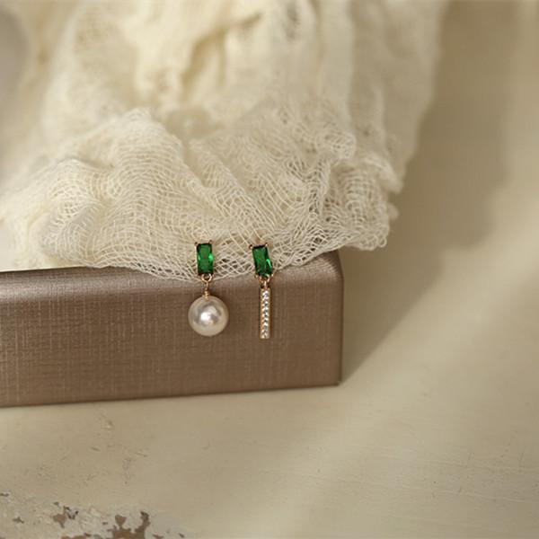 翡冷翠。法式精镶祖母绿宝石925银耳钉设计感不对称耳夹耳环礼物 Изображение 1
