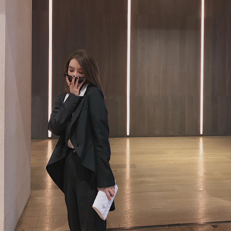 99twins秋季小众设计感黑色燕尾服西服韩版宽松休闲小西装外套女