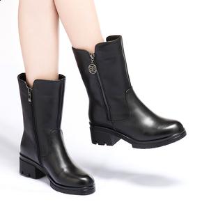 真皮中跟中筒靴女鞋2019冬新款厚底雪地靴粗跟短靴羊毛内里女靴