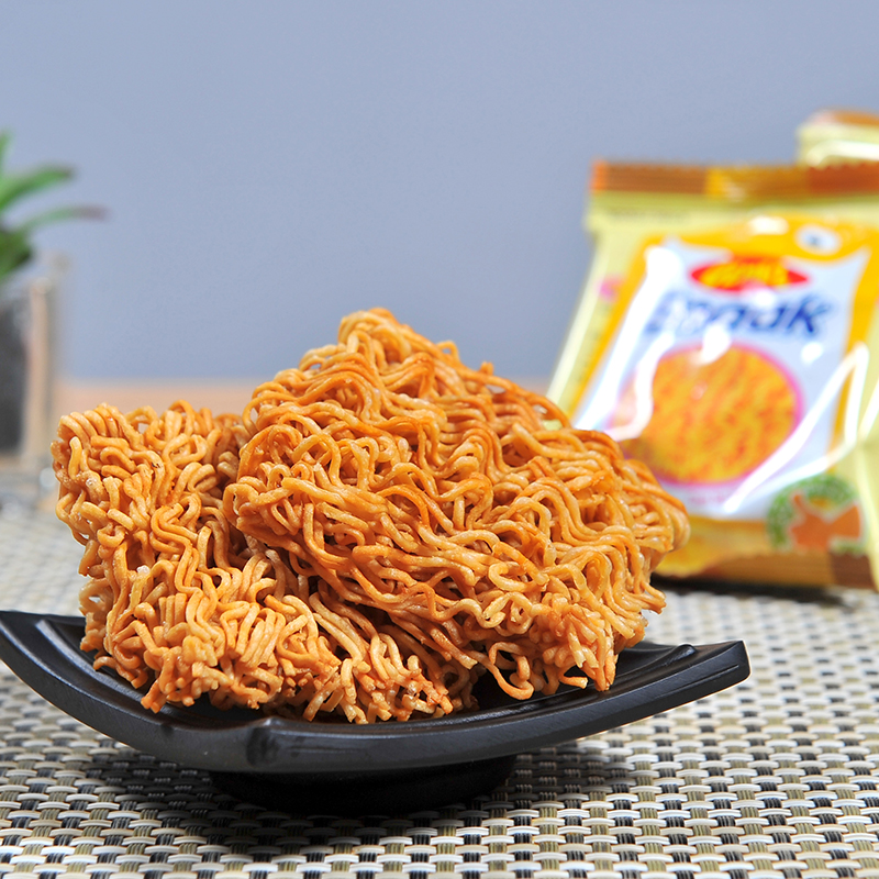 Indonesian chicken noodle 30g net red office snack instant noodle