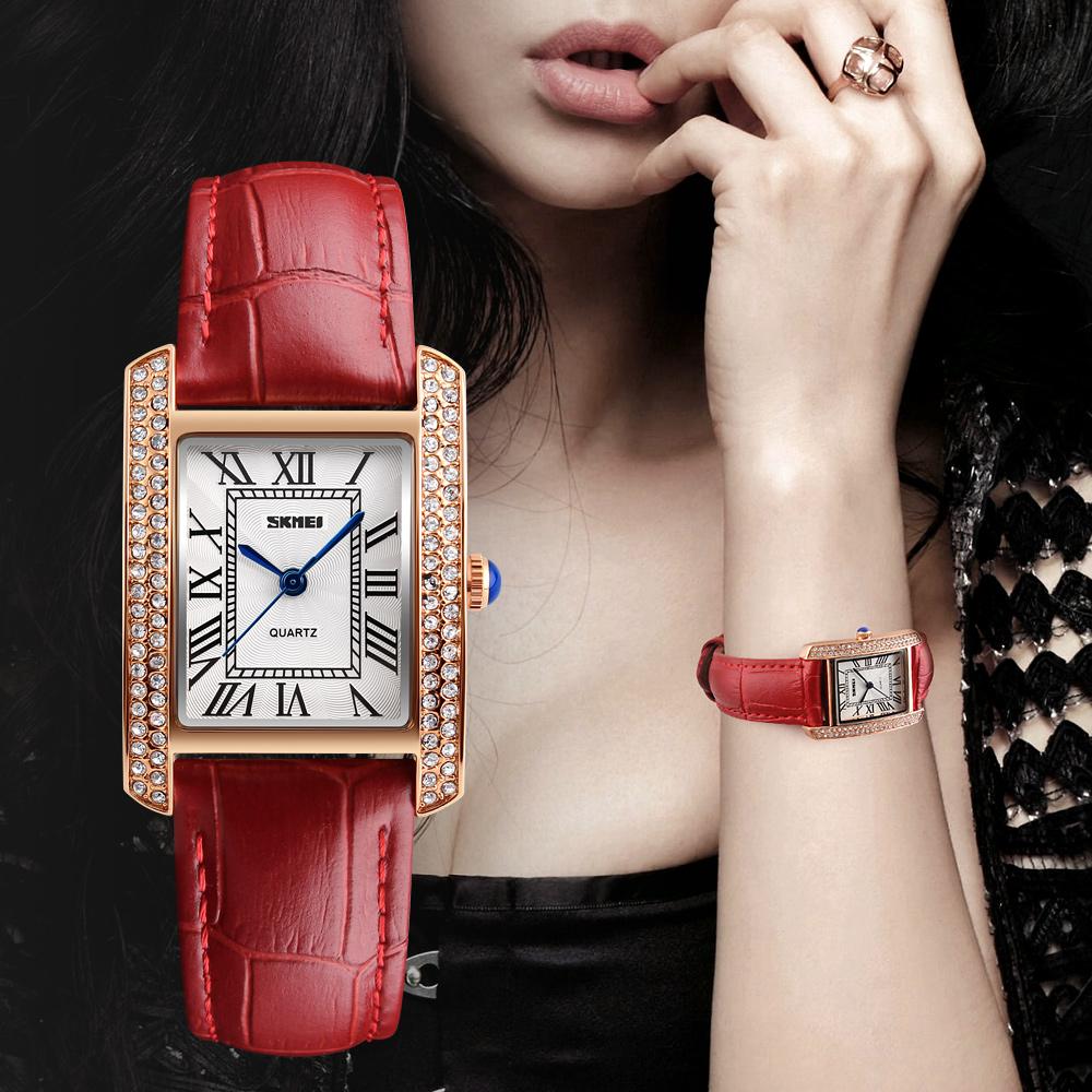 新款长方形手表女防水镶钻石英女士时尚简约皮带女表机械ins风