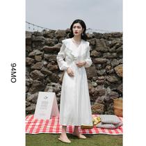 白色连衣裙女宽松2020年新款春夏法式小众复古裙森女系长袖长裙子