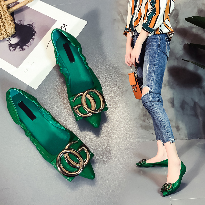 Flat shoes womens single shoes fall 2019 new Korean version versatile pointed round button soft bottom flat heel flat shoes