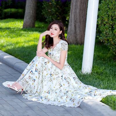 2020新款夏大摆v领白色长裙飘逸气质淑女裙子 长款碎花雪纺连衣裙