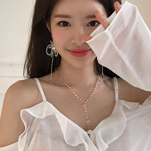 Transparent Beaded Necklace womens fashion simple clavicle chain Korea long tassel sweater chain clothing accessories pendant