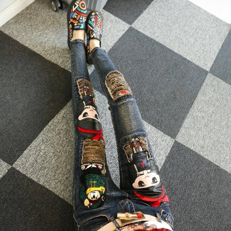 欧洲站2021年春秋牛仔裤女新款洋气卡通减龄高腰紧身显瘦破洞小脚