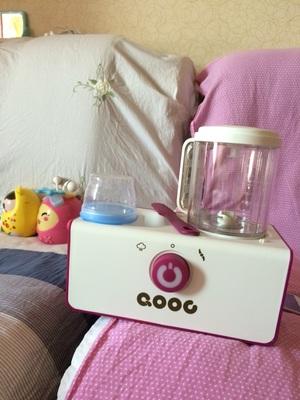 QOOC西芹辅食机Q3,打出的东西很细,特别适合初添加辅食的宝宝