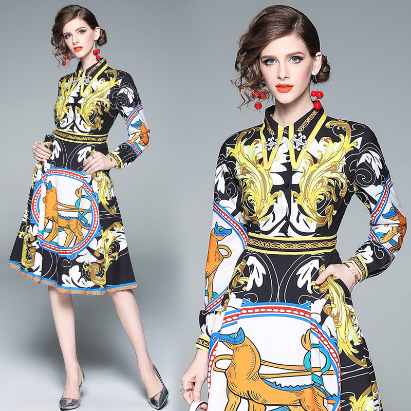 3370 Chen 2020 spring and Autumn New Womens European and American polo long sleeve Baroque slim bodysuit (only ml)