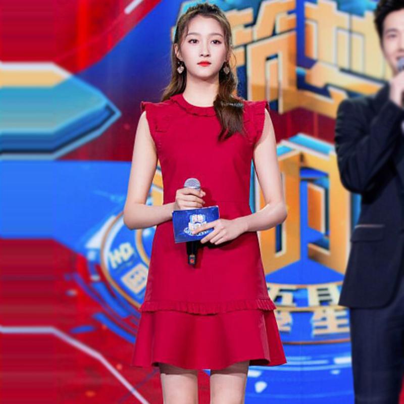 2018年夏季明星关晓彤走秀新款高端女装时尚修身红色无袖连衣裙女