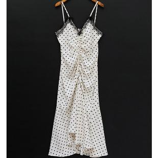 20夏季chuu百搭時尚甜美清新少女範收腰波點V領吊帶連衣裙女長裙