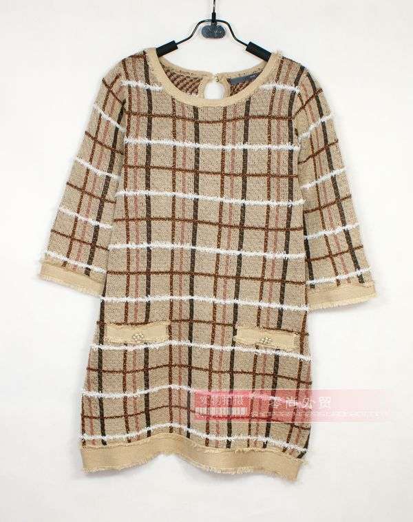 Light ripe Plaid gorgeous retro temperament small fragrance round neck high waist trumpet sleeve Quarter Sleeve Sweater slim dress