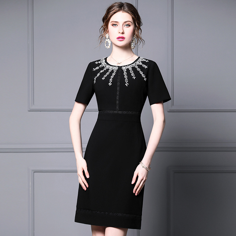 Summer Korean large dress European and American big brand 2020 summer dress new high-end lace buttock black pencil skirt