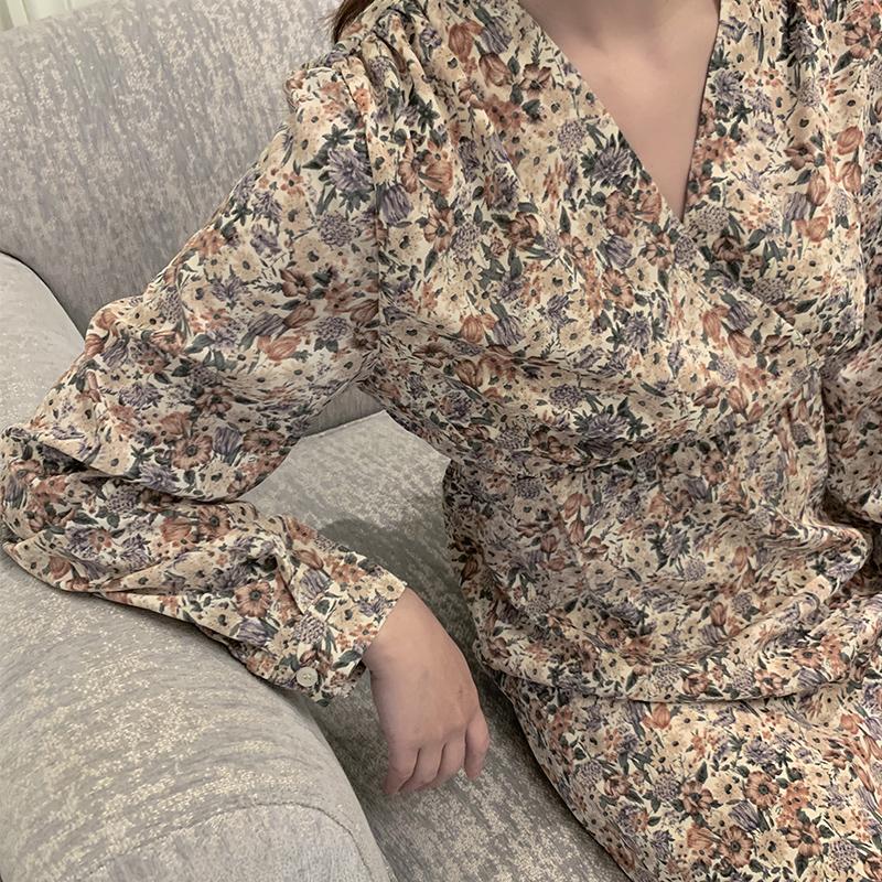 Dress womens spring and autumn long sleeve floral lotus hem hem skirt spring dress 2020 new womens retro floral skirt