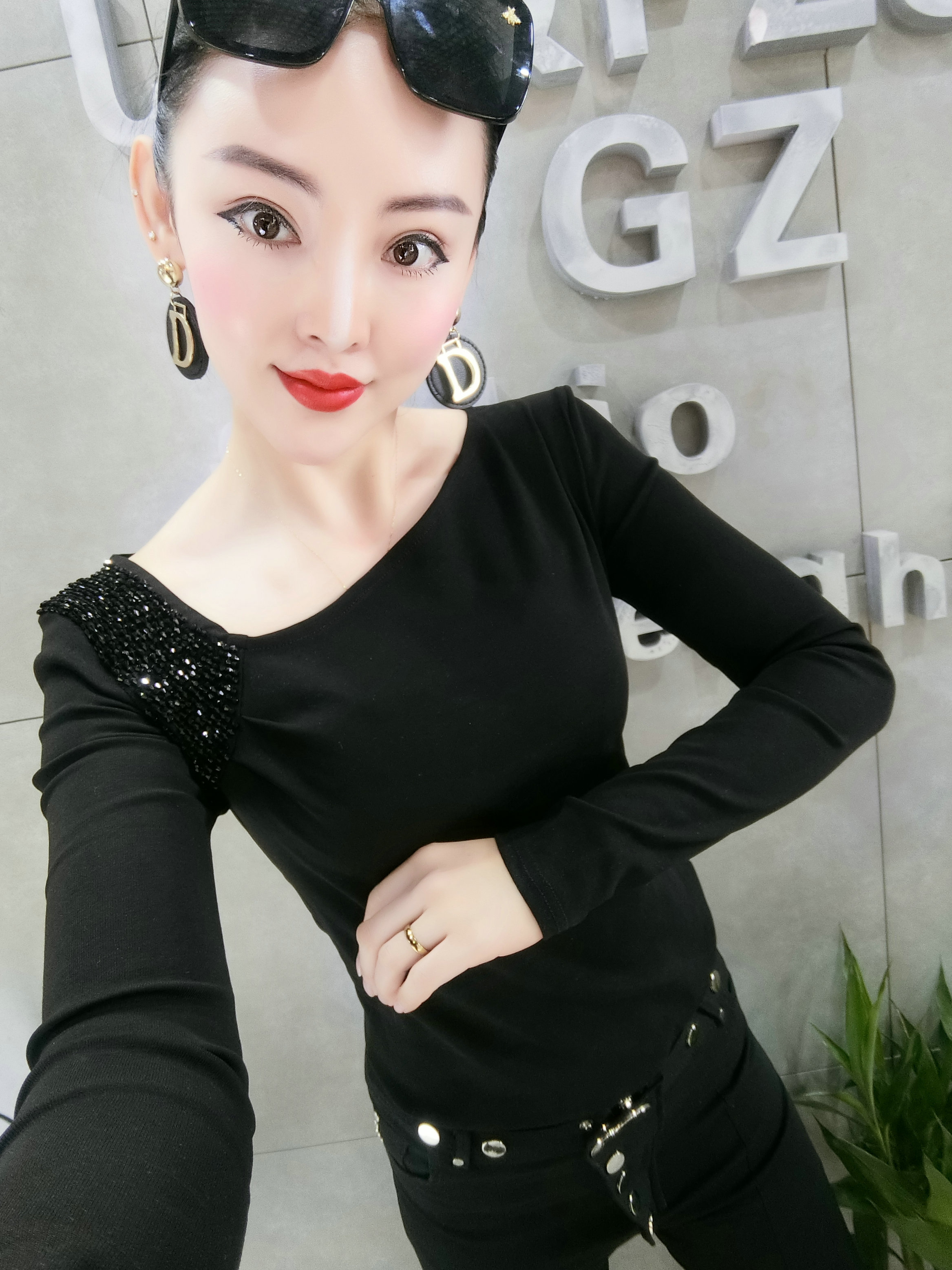 2020新款长袖T恤女韩版时尚重工洋气上衣百搭修身显瘦打底衫精品