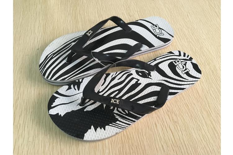 小糯娃人字拖男官方男鞋2021夏季新款运动休闲凉拖夹脚拖鞋沙滩鞋
