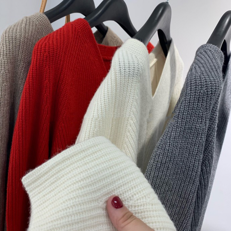 Cashmere sweater womens V-neck Pullover casual loose thickened sweater womens autumn and winter simple solid color warm knitting bottom coat