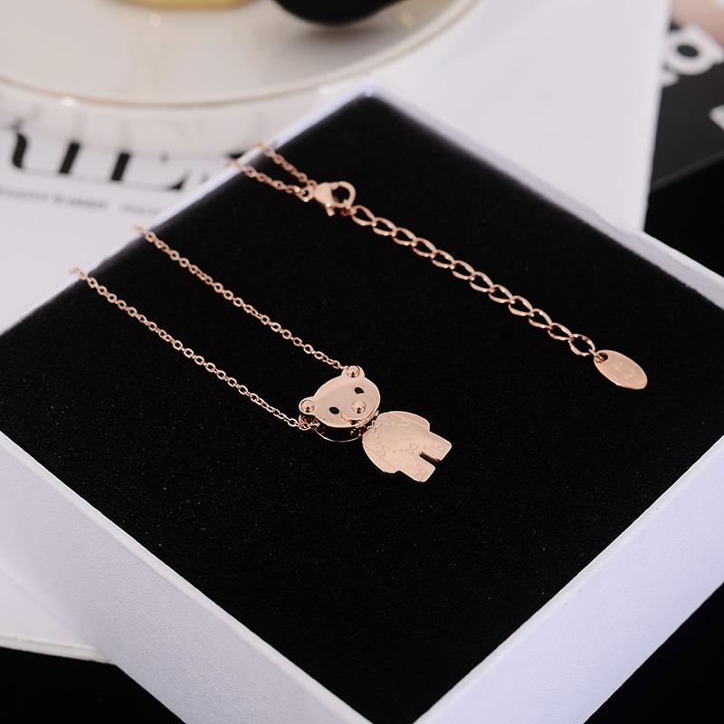 韩国 会动的小熊项链女锁骨链短款小众设计潮网红气质钛钢配饰品假一赔十