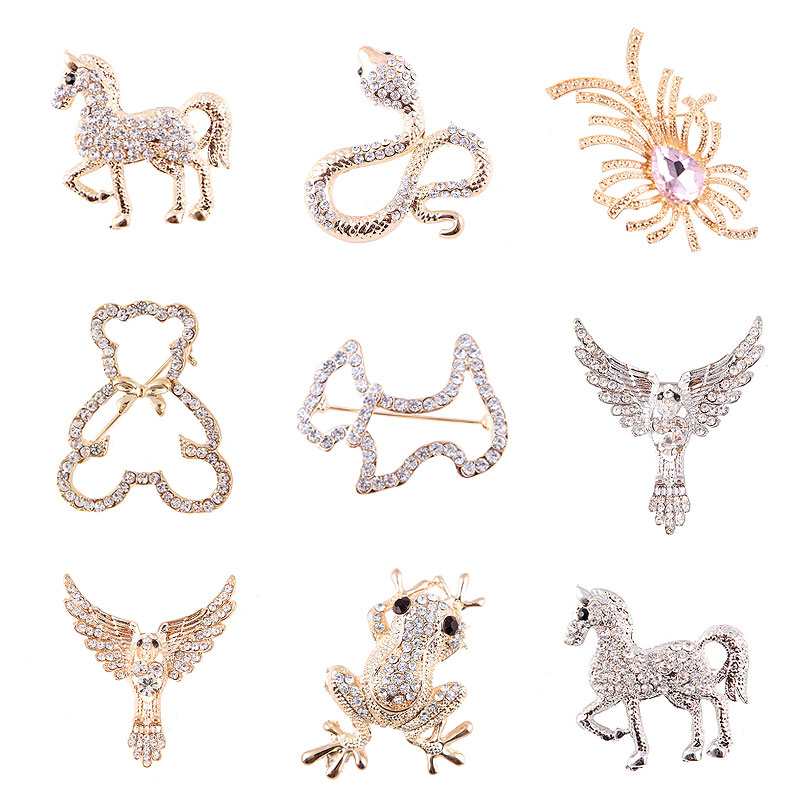 South Korea fashion hot creative full diamond pony crown animal brooch brooch mens and womens suit accessories package mail