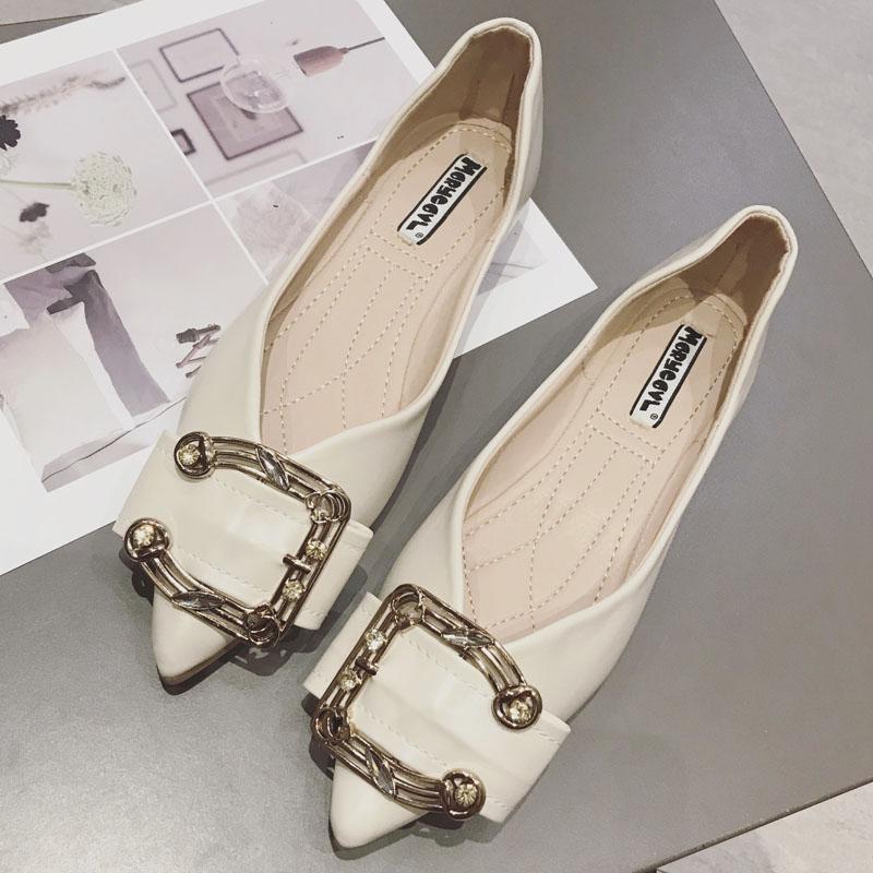 韩版初秋新款半圆形金属水钻扣装饰尖头浅口时尚百搭气质款平底鞋