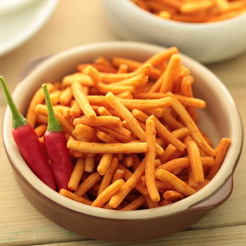 泰国进口零食 VFOODS MIX脆脆条薯条75g香辣鸡味膨化食品