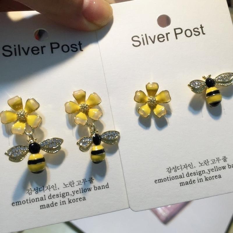 韩国个性不对称蜜蜂纯银耳钉女可爱少女花朵925银针气质耳环F017