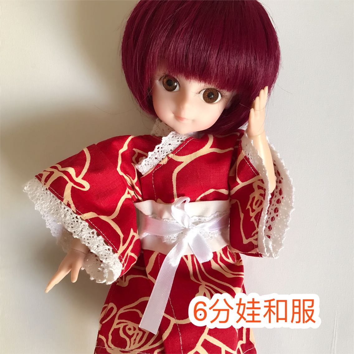 BJD人形玉型関節4分6分女性の古風な着物の多色の人形の寝衣bjdの色
